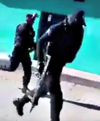 d a policias huyeron 4