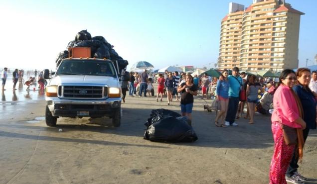 0 a playas de rosarito retiraron la basura