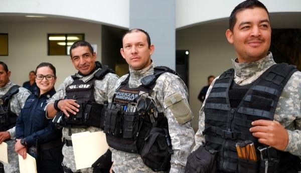 d-a-policias-de-rosarito