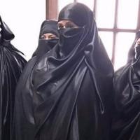 Buscan identificar a mujeres simpatizantes de ISIS que interrumpieron sesión de cabildo en #LosCabos