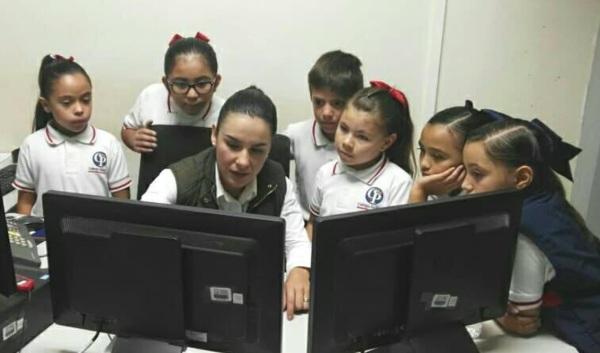 d a a a llamadas de broma en 911 niños escuela