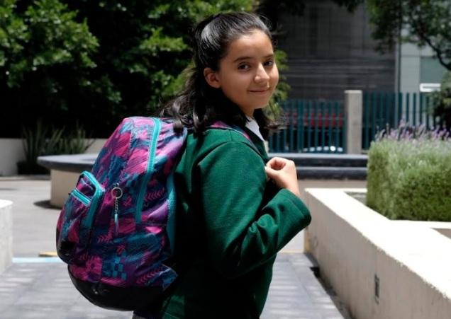 d a a a a mochila escolar tres kilos
