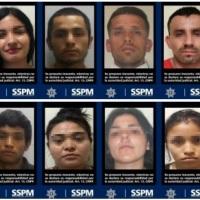 Tijuana: mujeres y hombres relacionados con carros robados