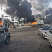 ¡Culiacán esta bajo fuego en varias partes de la ciudad! -- RUMOR DE DETENCIÓN DE HIJO DEL CHAPO -- #VIDEOS