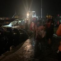 Guatemaltecos y Mexicanos iban a EEUU en una lanchita… ¡Rescatados!