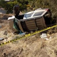 Tijuanense muere al caer con su vehículo en una barranca